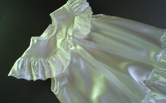 桂由美レンタルベビードレス